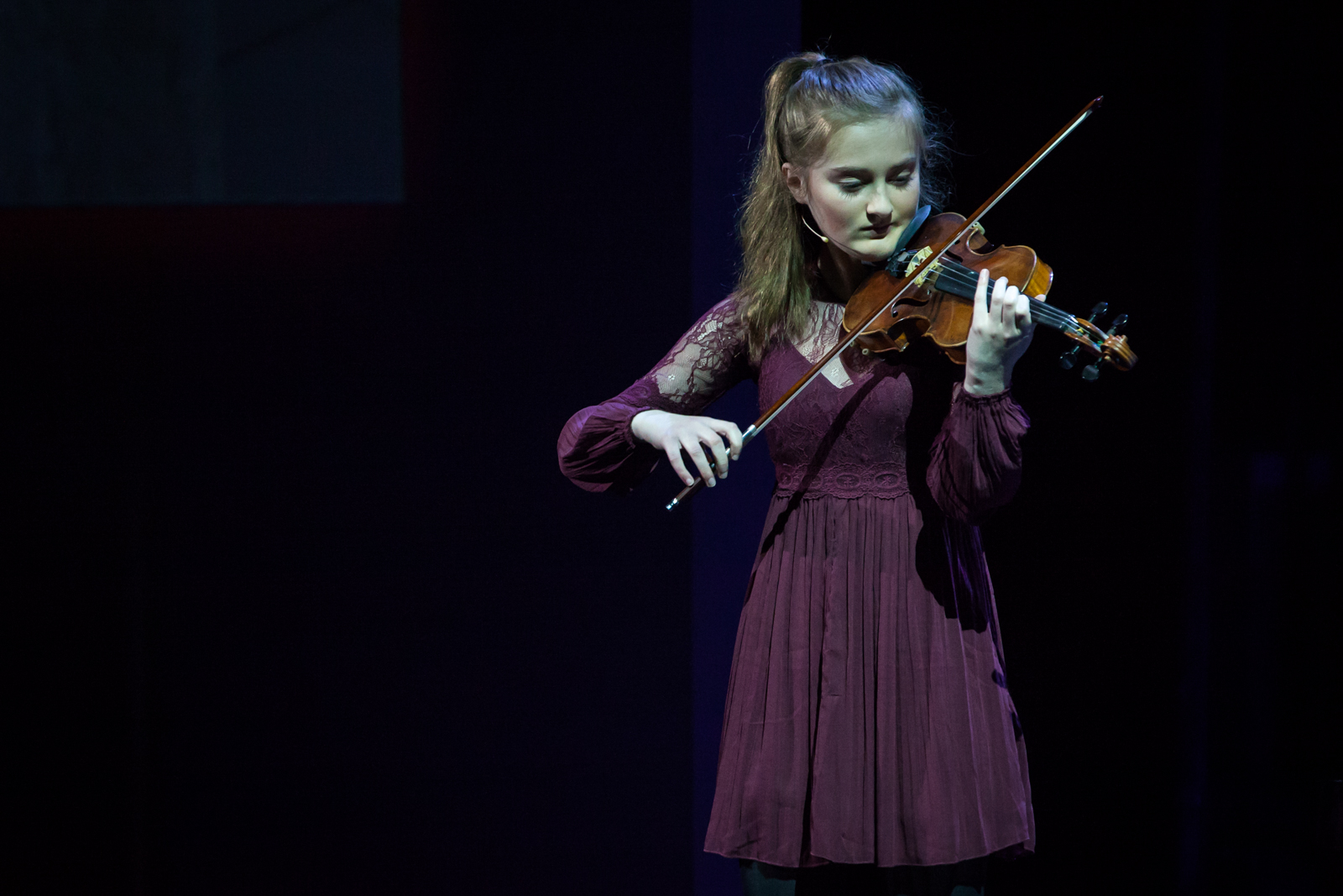 TEDxAmsED 2016 Act: Noa Wildschut
