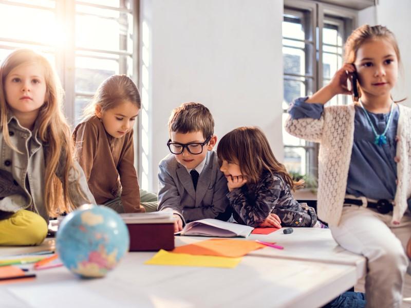 Wat kan het onderwijs leren van het nieuwe 'Agile' werken?; een interview met Feikje Dunnewijk, van ING