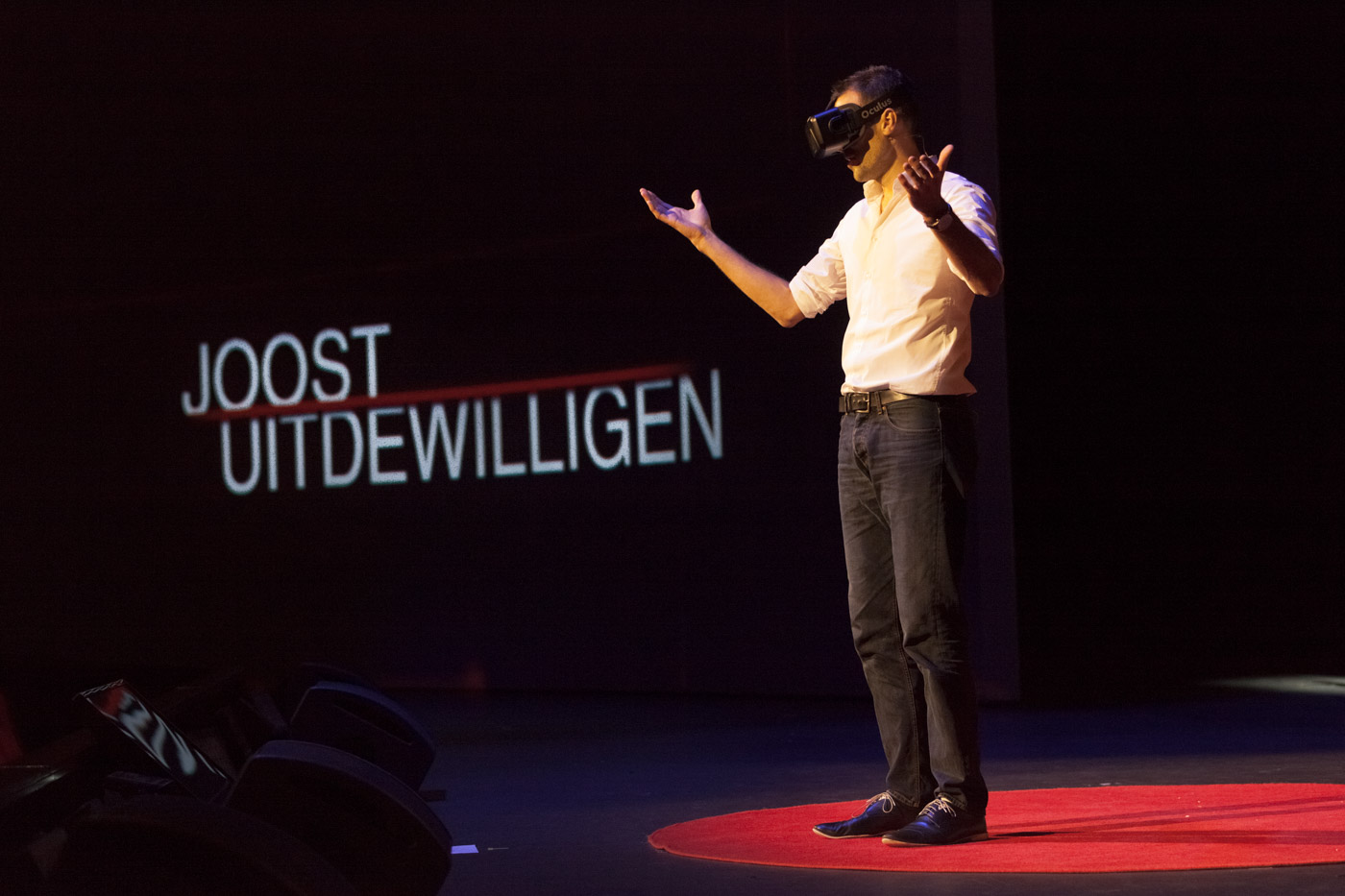 Joost Uitdewillegen – How immersive learning can help us understand each other